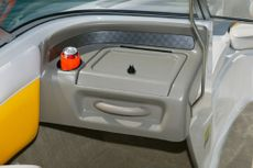 Crownline Bowrider 180 BR The laser-trimmed passenger console comes with a lockable glove compartment, and beverage holder