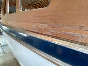 Gentlemans Launch 30ft - Hull Close Up