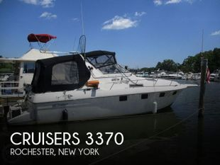 1992 Cruisers Yachts 3370 Esprit