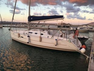 2005 OCEANIS 323 CLIPPER