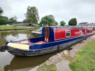 Evelyn's Joy - 50 foot traditional stern narrowboat