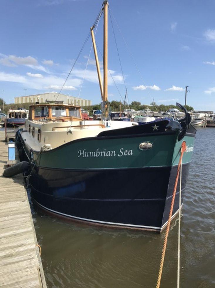 HUMBRIAN SEA  Dutch style barge