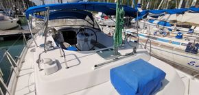 40 ft Center Cockpit Sailing Yacht for Sale in Malaysia