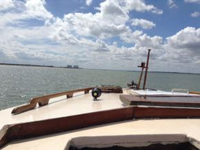 On the open sea (inland waters)