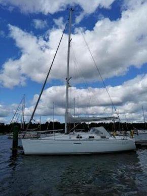 Free Bird on her berth