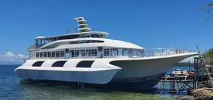 RUSH fiber Boat