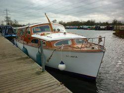 Octavia 33ft 6 berth Bates star craft motor cruiser