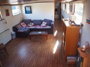 Dutch Barge 23m  - Looking Forward