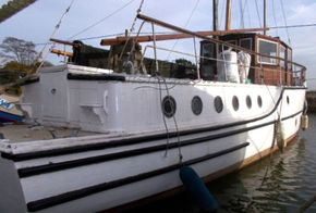 Classic wooden motor yacht Traditional one off build  - Exterior