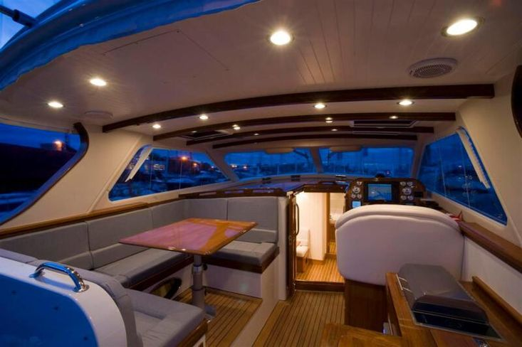 2010 Revival 45 Gentlemans Motor Yacht