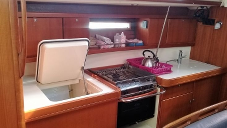 2011 DUFOUR 425 GRAND LARGE