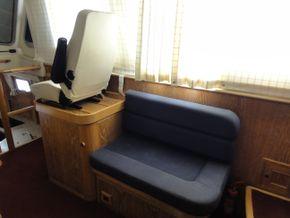 Wheelhouse Starboard Seating