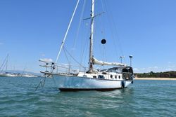 Classy Sailboat in Great Condition