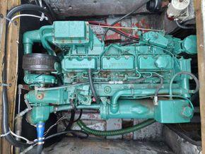 Birchwood 25  - Engine