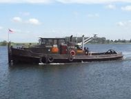 Tug with Push BAr, 320 hP MWM