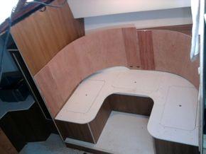 Dinette area in mid build