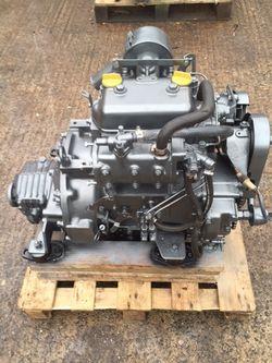 Yanmar 2QM20 Marine Diesel Engine Breaking For Spares