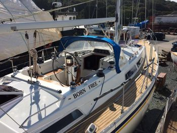 Outstanding Moody 37 1985 REDUCED...
