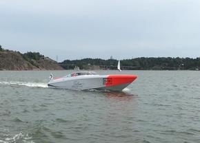 Carine Yachts  - Luxury Yacht Brokerage | DONZI 38 ZRC 2003 | Photo 6