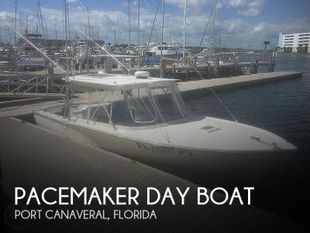 1976 Pacemaker Day Boat