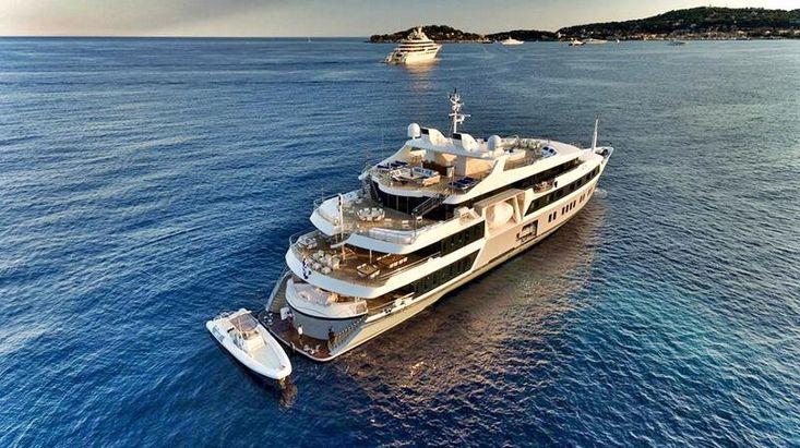 SWBSuperYacht or 5 Star Cruise Ship