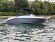 2022 Sea Ray 210 SPXE