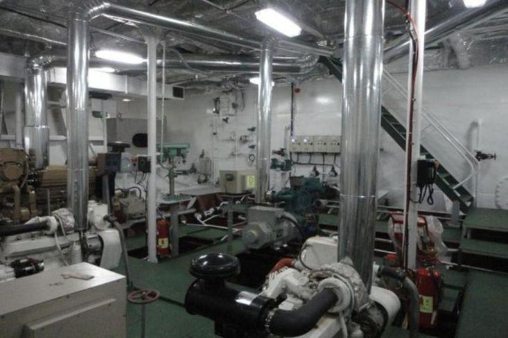 3000 DWT Deck Cargo Carrier