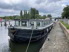 A39 - Widebeam Canal Boat