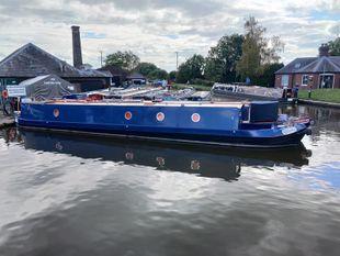 Kazana - 57 foot semi-traditional stern narrow boat