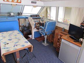 Princess 37 motor cruiser - Interior