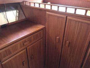 Aft Cabin dresser and wardrobe