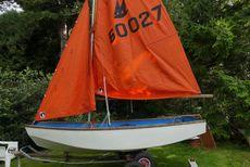 West 11 (Mirror copy) GRP dinghy