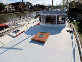 Patrol Vessel 55ft with Residential Mooring - Coachroof/Wheelhouse