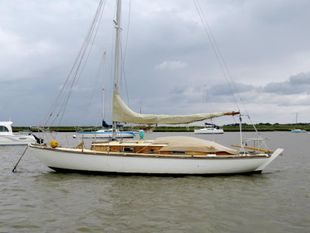 Folk boat 1960 Classic Bermudan Sloop Parhams Built