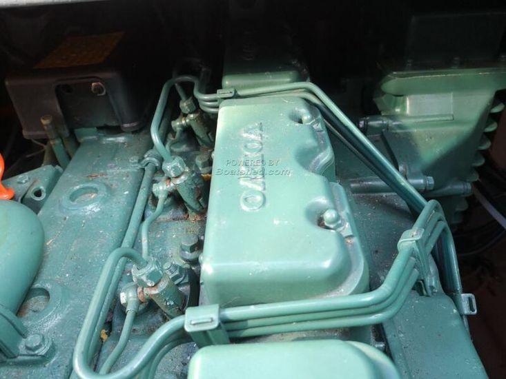 1973 Coronet 32 Oceanfarer