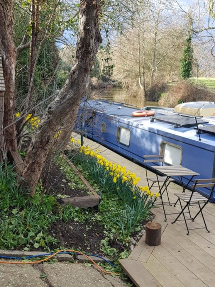 Tonbridge Boatyard Moorings available - near station 45 mins to London