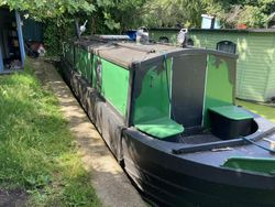 37ft Narrow Boat with London Mooring