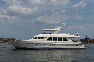 2010 Hargrave 84 Fly Bridge Motor Yacht
