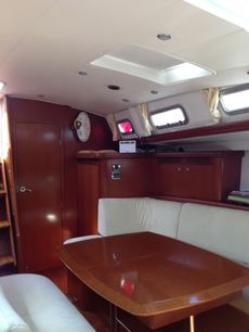 2007 OCEANIS 523