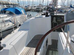 Jeanneau 36i for sale cockpit