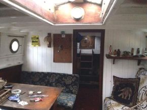 Classic wooden motor yacht Traditional one off build  - Saloon
