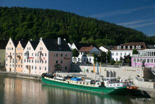 hotelship 19 pers. barge La belle Fleur
