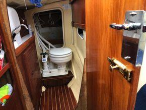Heads - Jabsco marine toilet & folding sink
