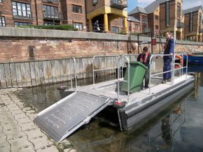 Pontoon workboat
