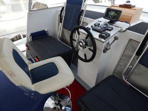 Dutch Steel Cruiser spacious liveaboard - Fly Bridge Helm