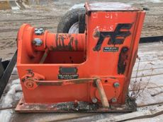 (2) Timberland 10,000 kg Hand Winches