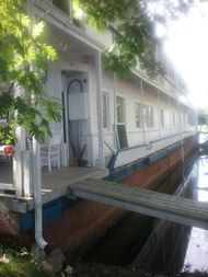 1913 106′ x 21′ Historic Houseboat