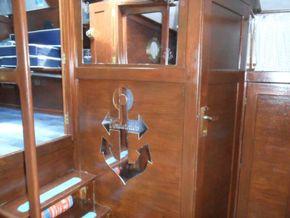 Aft Cabin Door to Heads