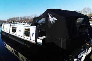 SAM Lovely 45' x 10' wide beam moored at Roydon Marina Village