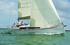 Dufour Grand Large 380